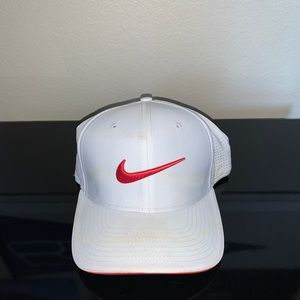 Nike Golf Hat White/Pink